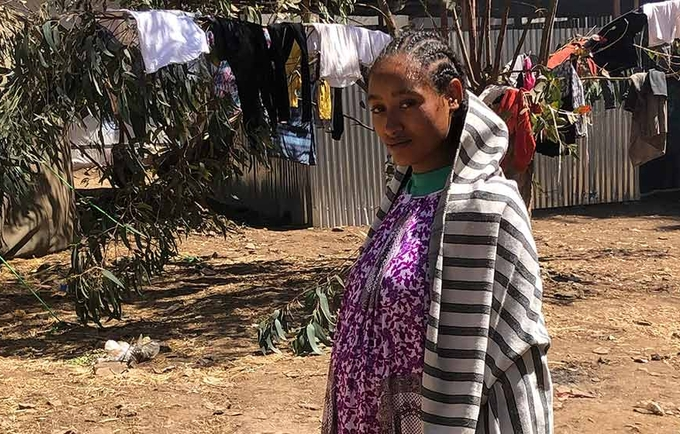 UNFPA is helping to urgently recruit midwives and provide emergency supplies to support safe childbirth for displaced pregnant women. © UNFPA Ethiopia/Salwa Moussa